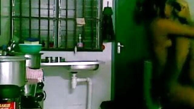 बालों वाली हिंदी सेक्सी मूवी पिक्चर फिल्म योनी