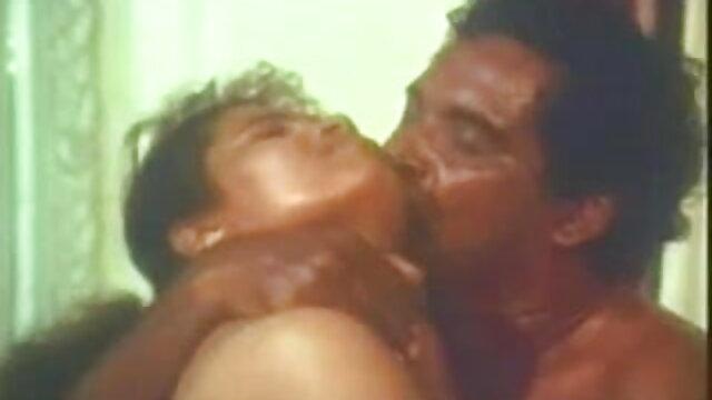 गर्भवती हिंदी पिक्चर सेक्सी मूवी - गधे में बोतल