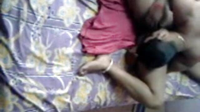प्यारा किशोर गुदा सेक्सी बीएफ इंग्लिश फिल्म