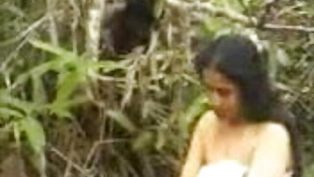 छह बार हिंदी में सेक्सी पिक्चर मूवी कैमरे पर एक ही किशोर धारी