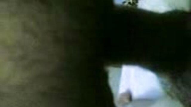 (होममेड) ब्लू पिक्चर सेक्सी मूवी बीएमडब्ल्यू में सेक्स
