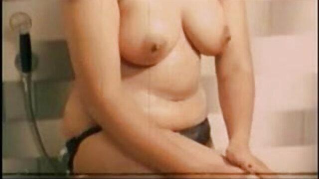 दो लोगों के साथ सेक्सी पिक्चर एचडी मूवी सुंदर पतली रूसी लड़की