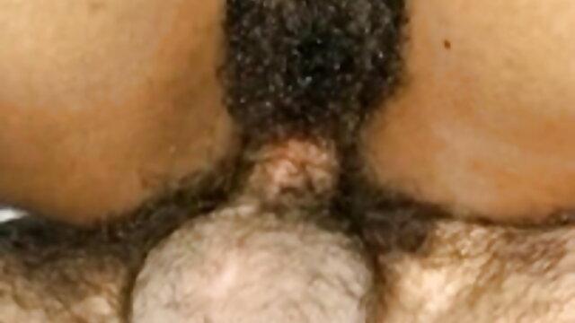 असली किशोर के मुड़े हुए नथ सेक्स मूवी हिंदी इंग्लिश होंठों के बीच चलती हुई कठोर डिक