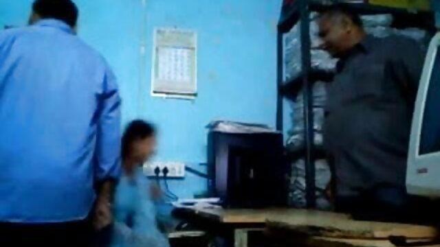 समलैंगिक कार्रवाई में busty किशोर फुल एचडी फिल्म सेक्सी