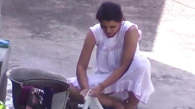 विशाल सेक्सी ब्लू पिक्चर हिंदी मूवी स्तन के साथ प्लंपर ब्लांका